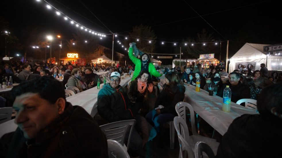 La gente volvió al predio ferial y se vivió una jornada sin ingual, después de dos años, en la inauguración de la Fiesta de la Ganadería.