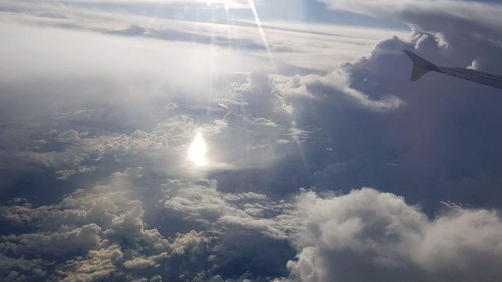 Un salteño captó con su celular una extraña luz en el cielo