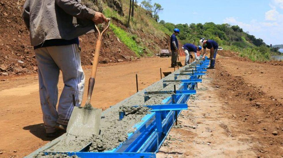 Iniciaron las obras para la construcción de la costanera en Puerto Piray