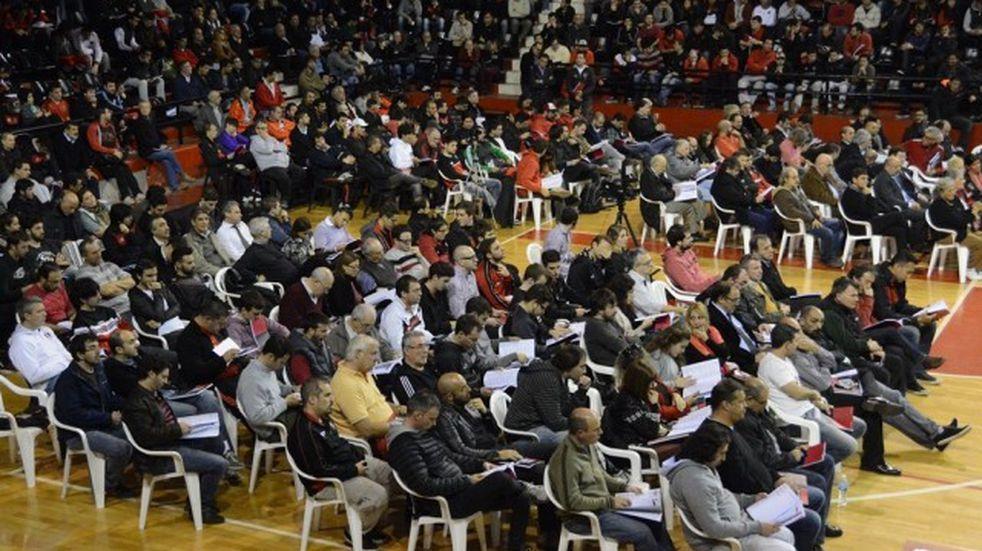 Newell's pidió autorización para definir en asamblea la comisión electoral