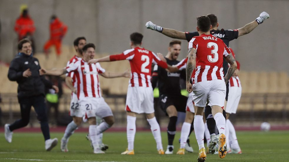 El Athletic de Bilbao derrotó 3-2 en la prórroga al Barcelona y se quedó con la Supercopa de España