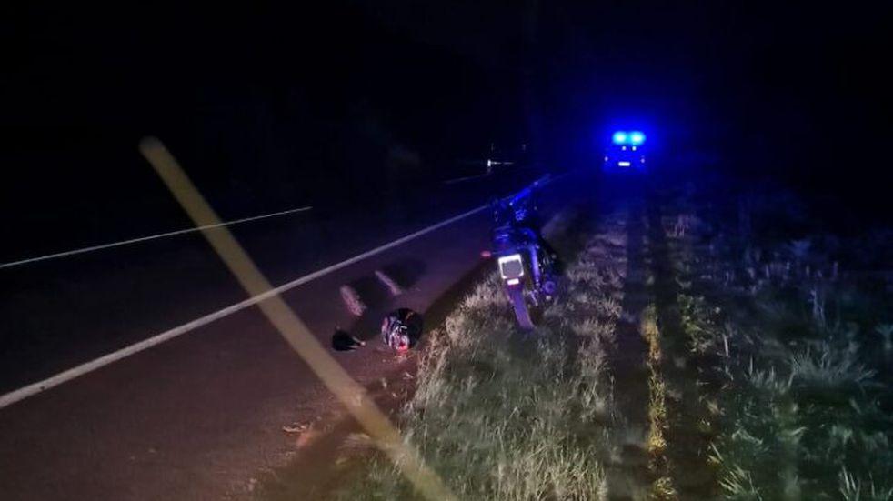 Siniestro fatal en San Martín: un motociclista de 21 años falleció.