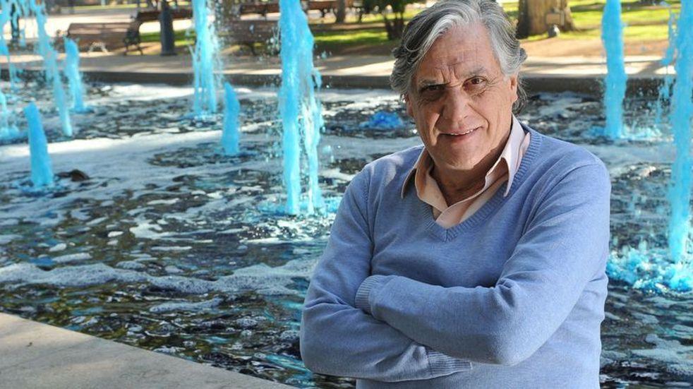 Murió de un infarto en el centro el reconocido periodista y escritor Jorge Sosa