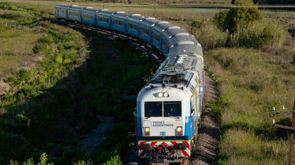 """Harán un """"viaje experimental"""" del tren Rosario-Cañada de Gómez a fin de año"""