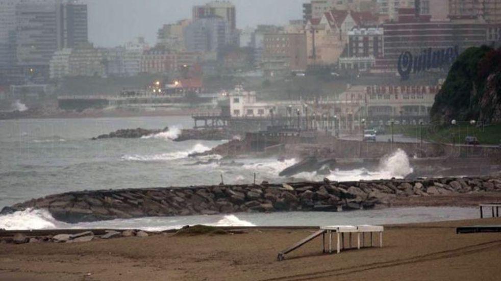 Fuertes vientos y destrozos en Mar del Plata