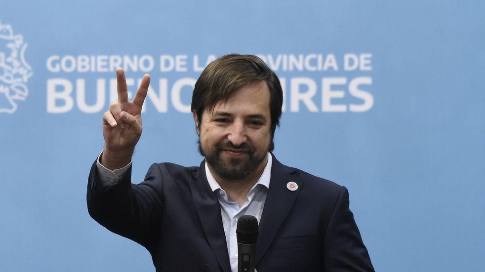 Durante la asunción de Kreplak como ministro de Salud bonaerense hubo pogos peronistas, amontonamientos y nada de distancia social