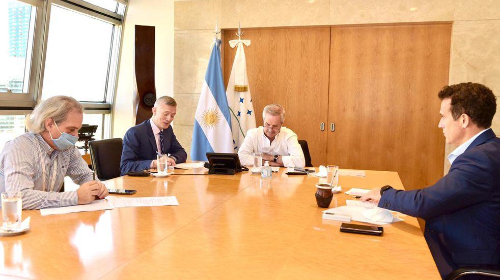 Felipe Solá dialogó por primera vez con el Secretario de Estado de EEUU