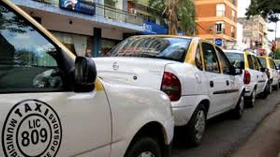 Tres hombres asaltaron a punta de pistola a un taxista en Posadas