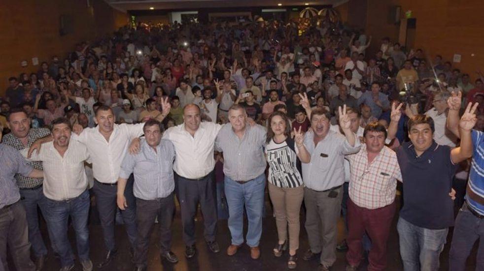 Acto en Lules en apoyo a la formula Fernández - Fernández
