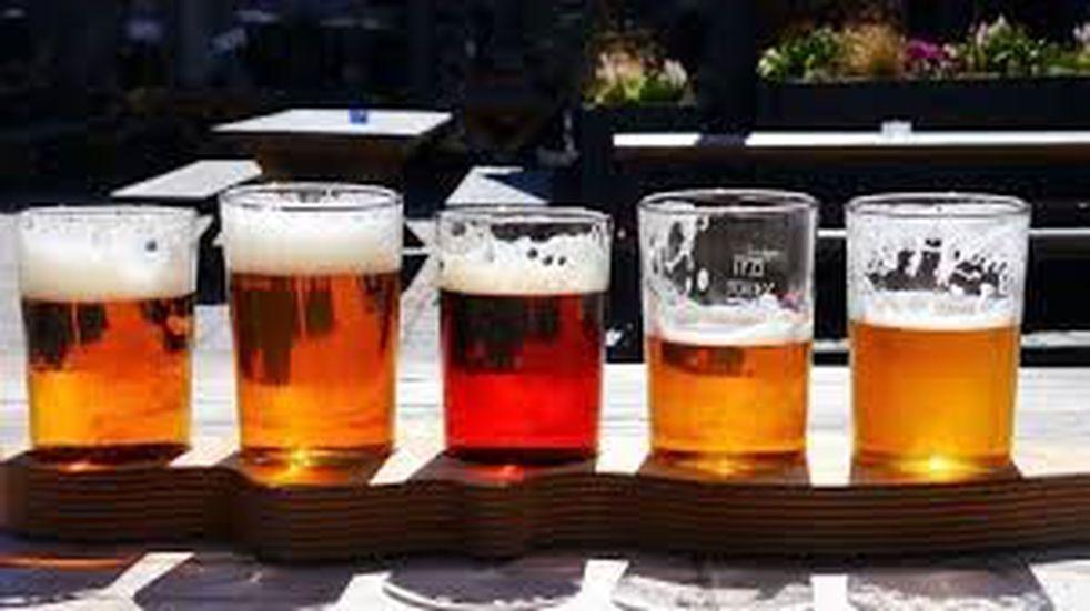 Más de 40 marcas compiten en Colón por la mejor cerveza artesanal