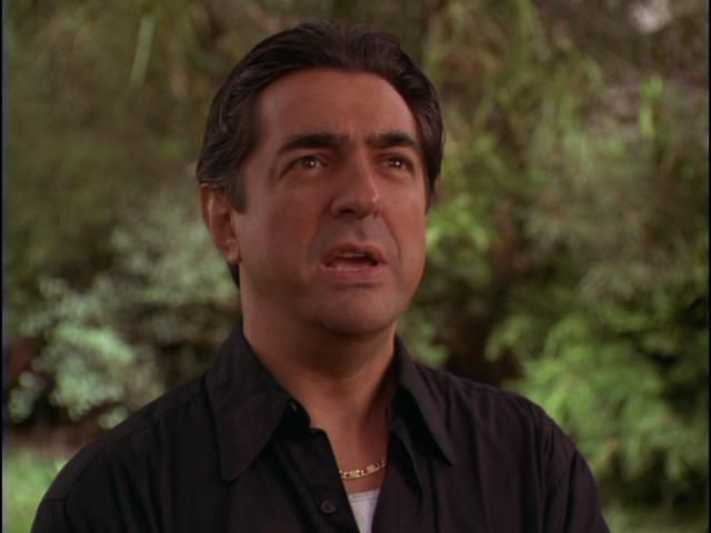 """Joe Mantegna en la película """"Bebé Suelto"""""""