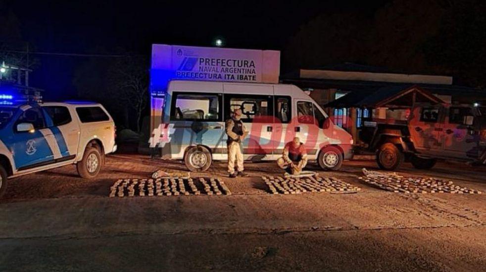 Detuvieron una supuesta ambulancia con más de cien kilos de marihuana
