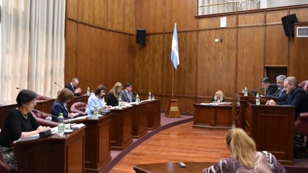 Casos de coronavirus en el senado provincial: cesan actividades presenciales