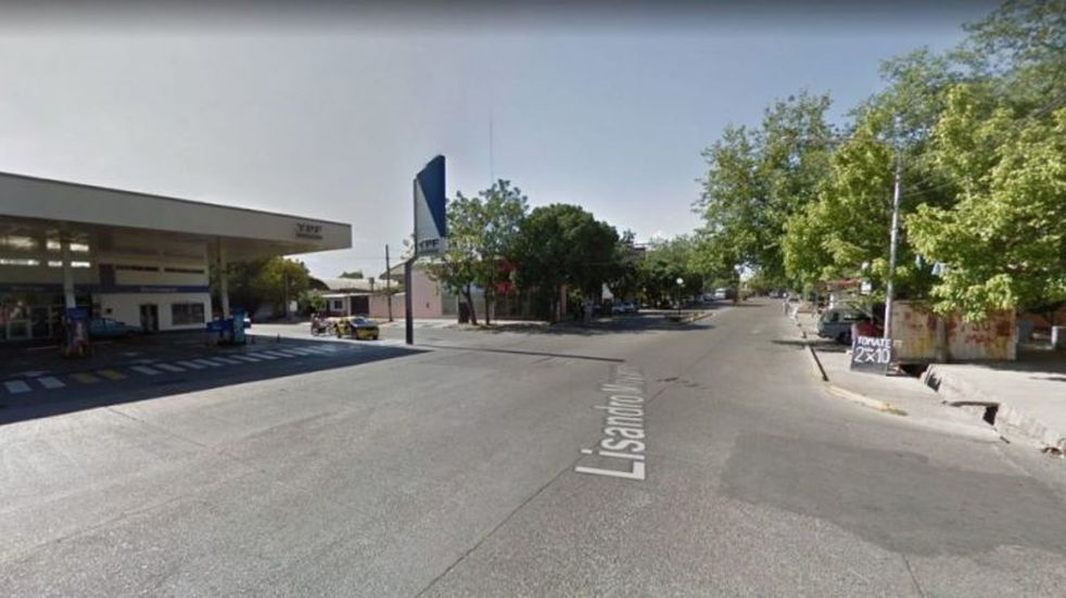Lasherinos reclaman falta de sendas peatonales en la calle Lisandro Moyano del departamento.