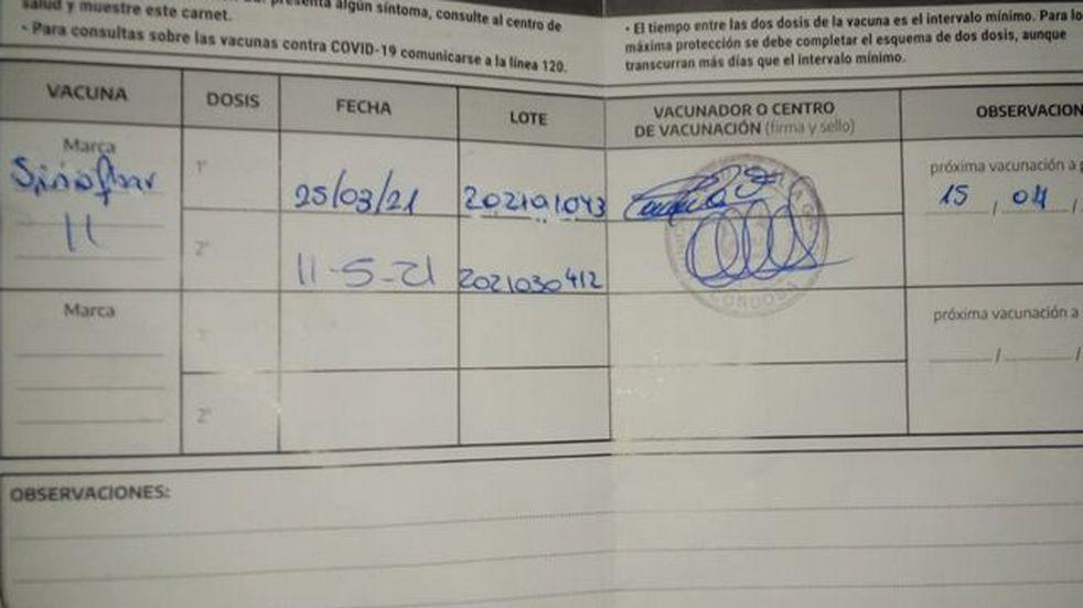 Coronavirus en Córdoba: denuncia que le aplicaron dos vacunas distintas
