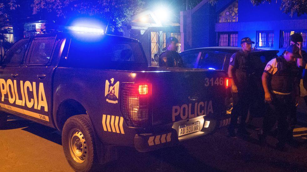 Tres asaltos en una hora y media y una misma característica, dos delincuentes armados