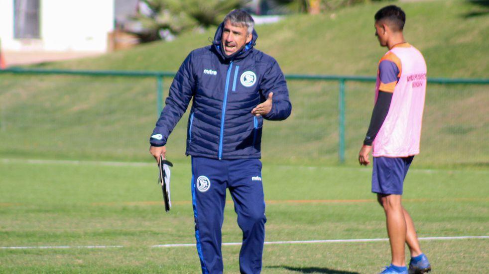 Independiente Rivadavia vuelve a la normalidad y Gabriel Gómez seguirá como técnico