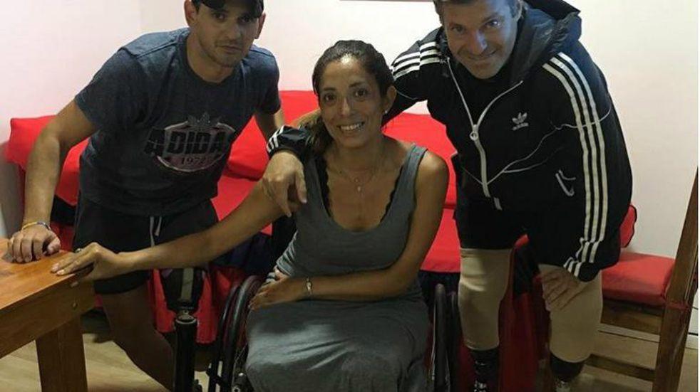 Ya está en Salta la mujer a la que le amputaron las dos piernas tras un accidente vial en Córdoba