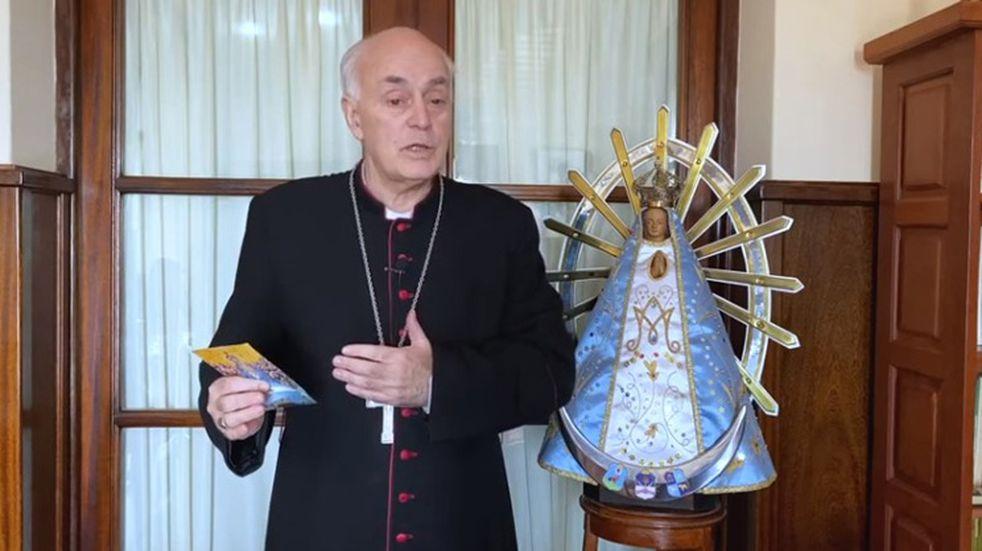 Operan del corazón a Monseñor Puiggari