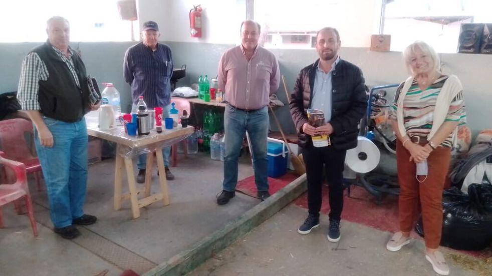 Arturo Jorge Videla, Abel Zenklusen con las autoridades de la Sociedad Rural de Rafaela