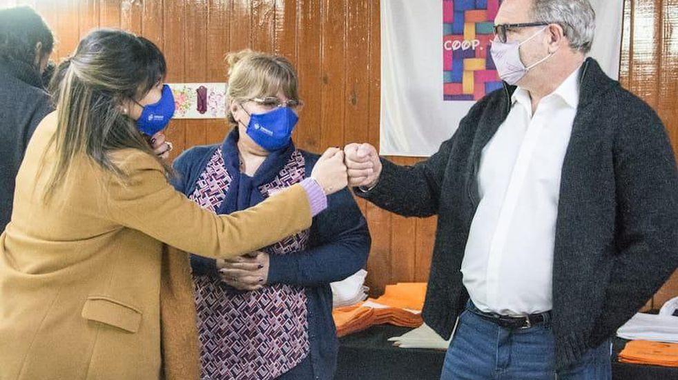 El Municipio realizó una visita a los integrantes de la Cooperativa Textil Sur