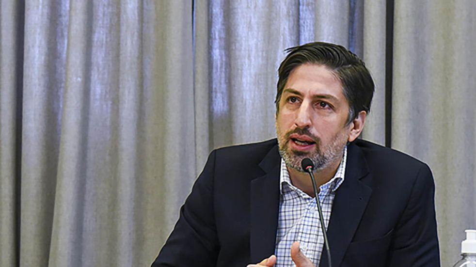 Nicolás Trotta habló sobre la posibilidad de eliminar las burbujas en las escuelas de Santa Fe