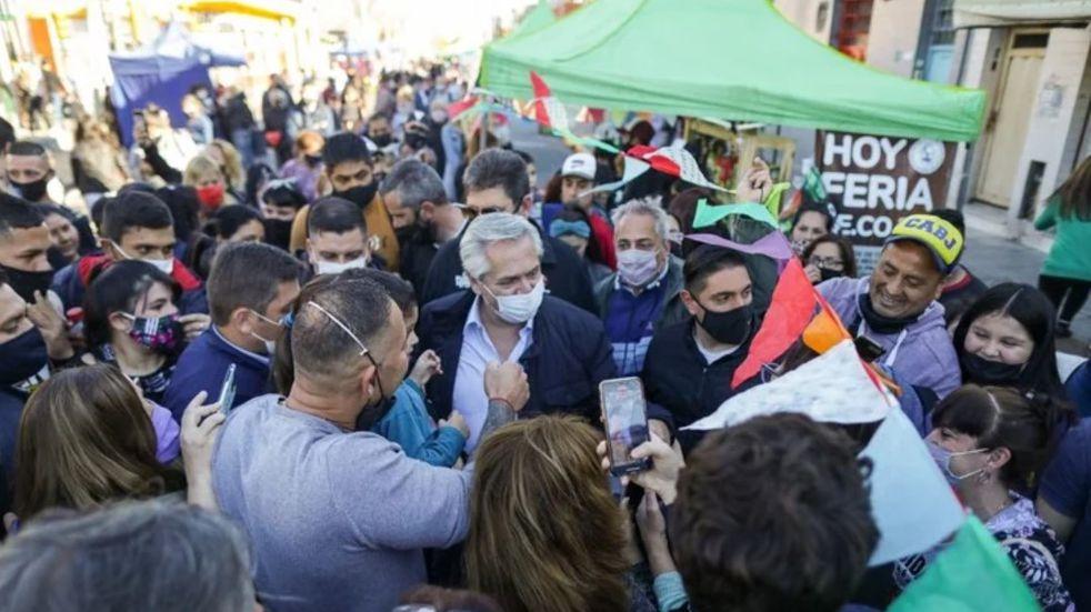 Alberto Fernández recorrió Avellaneda y reforzó el discurso oficial sobre el fin de la pandemia