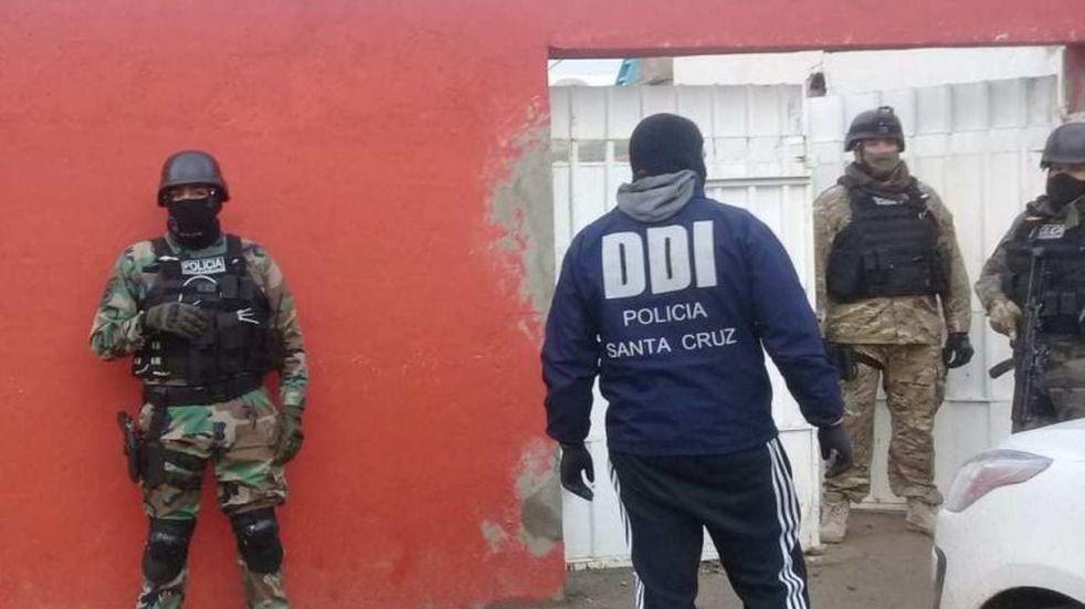 Interceptan red de narcotráfico en Santa Cruz