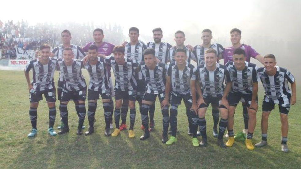 Sarmiento ganó la vuelta y la Bellvillense se definirá en tercer partido