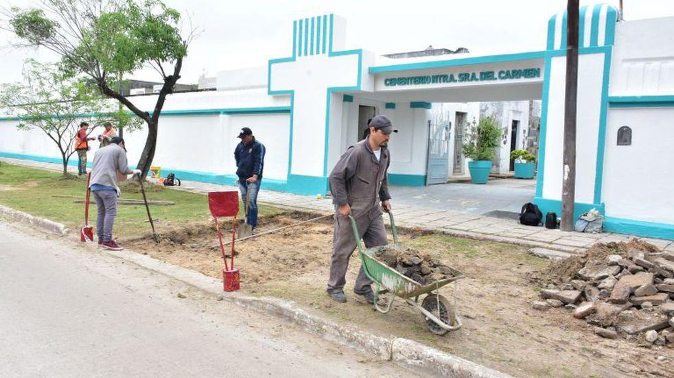 Reacondicionan los cementerios locales ante la llegada del Día de los Fieles Difuntos
