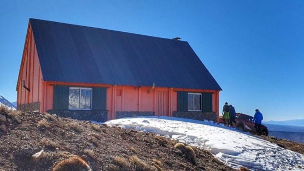 El Club de Ski San Juan tiene un refugio en la Estancia Los Manantiales