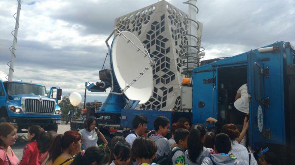 """En fotos, así son los camiones """"cazatormentas"""" que recorrerán Córdoba"""