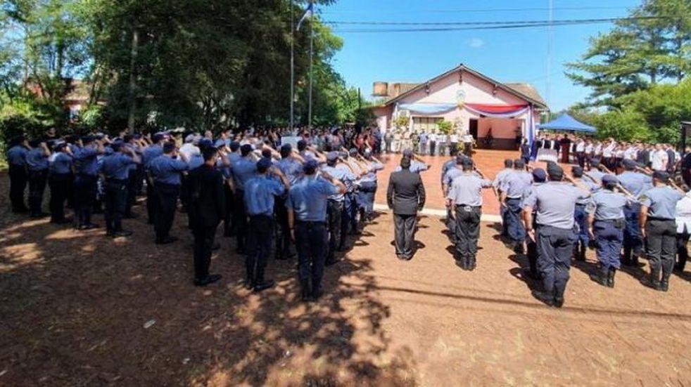Otorgaron ascensos al personal policial de la Unidad Regional III de Eldorado