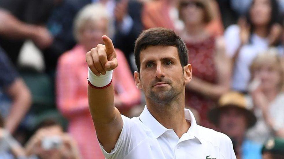 En un partido histórico, Novak Djokovic venció a Roger Federer y se quedó con Wimbledon