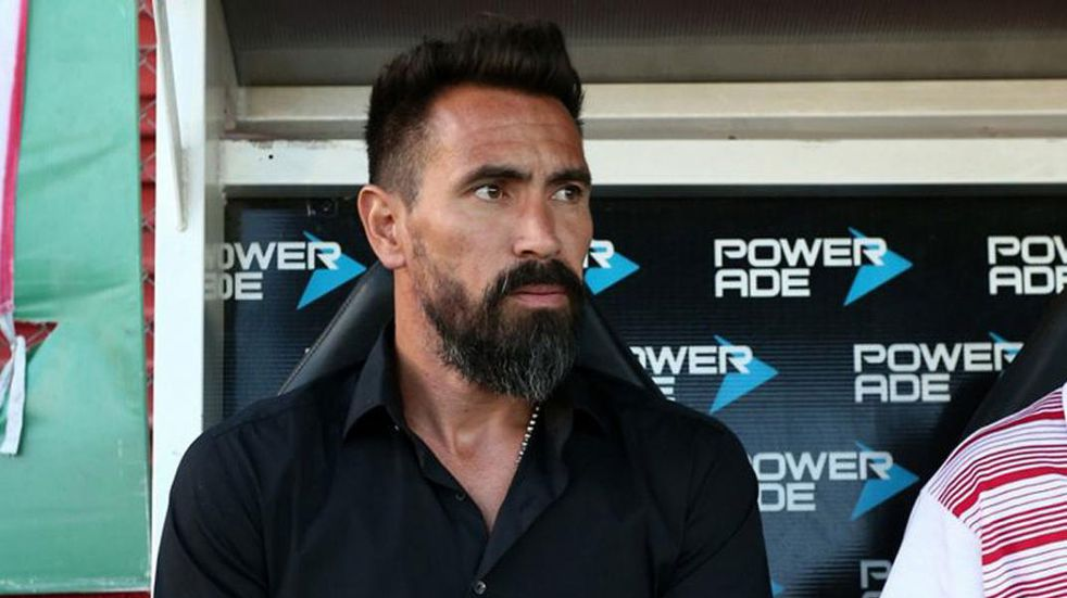 Clásico santafesino: Domínguez admitió que todavía no vio cómo juega Unión