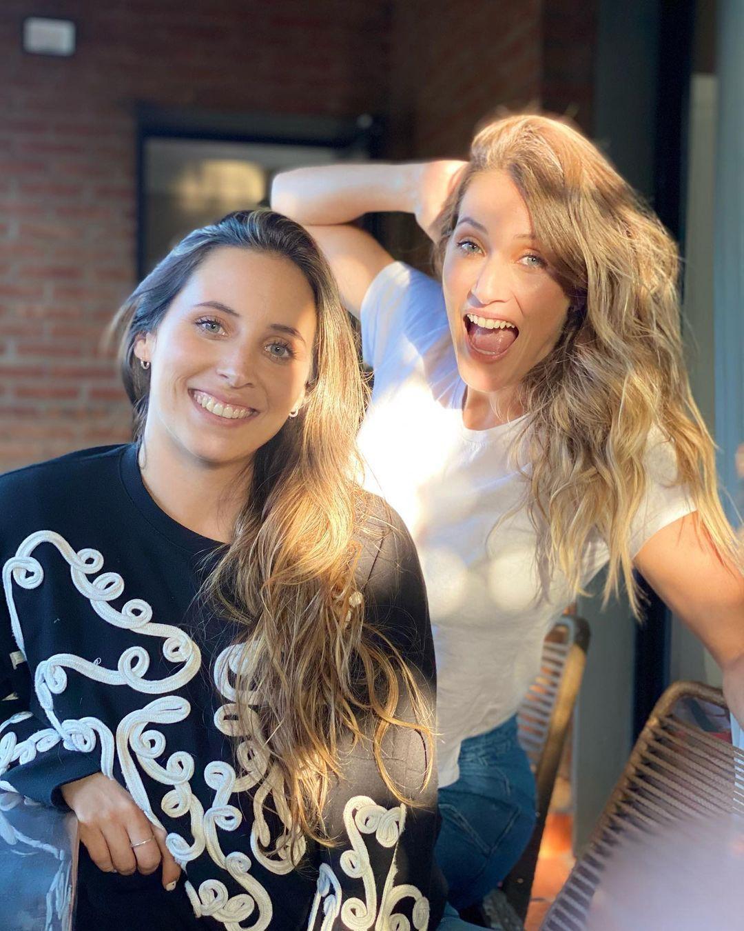 Divertido momento entre Mica Viciconte y su hermana Lara