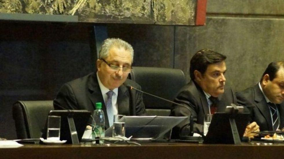 Convocan a sesión especial para la asunción de Herrera Ahuad