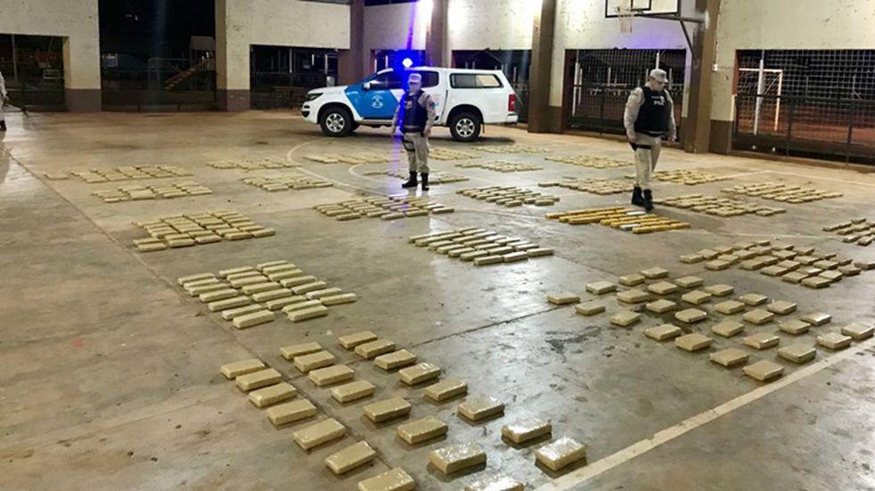 Desarticulan contrabando de droga en Posadas
