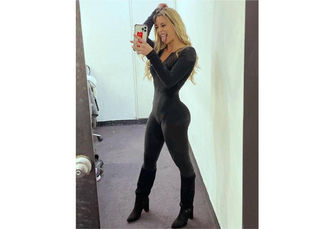 Sol Pérez posó con un look total black a lo Gatúbela y prendió fuego Instagram