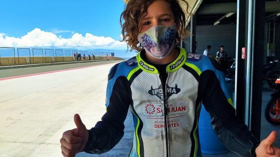 Facundo Mora, el piloto sanjuanino de 15 años que correrá en Brasil