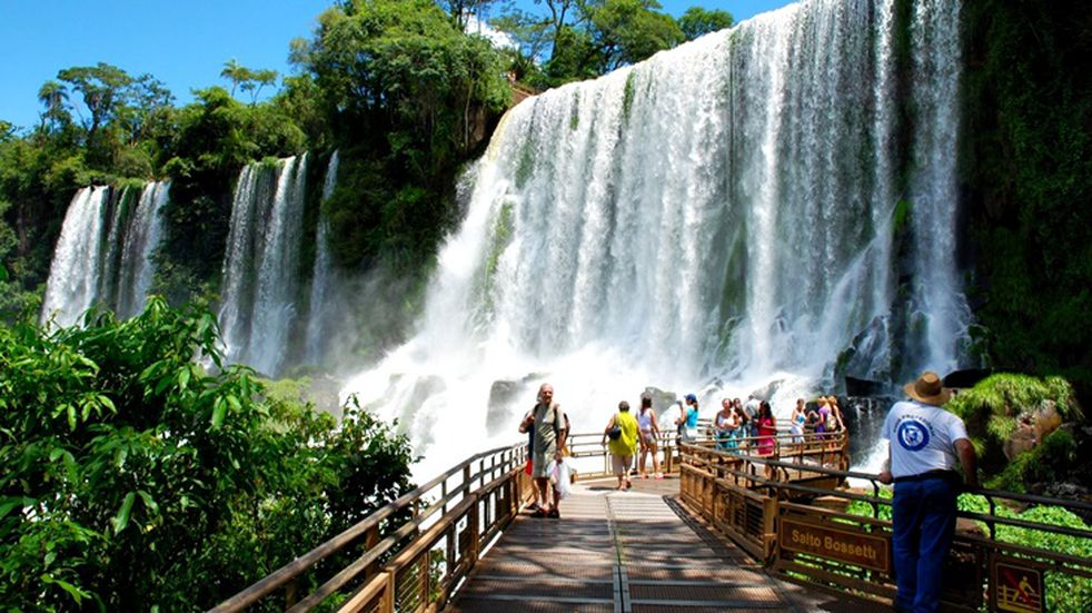 """Turismo: con el programa """"Ahora Vacaciones"""" la economía misionera generó un movimiento por 14 millones de pesos"""