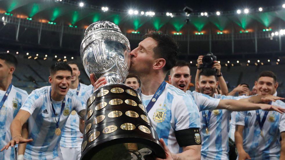 Un cordobés ya se tatuó a Lionel Messi levantando la Copa América