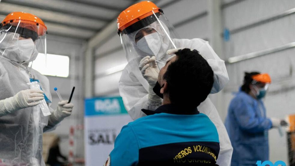 Salud modificó el horario de hisopados voluntarios en el hospital modular de Ushuaia