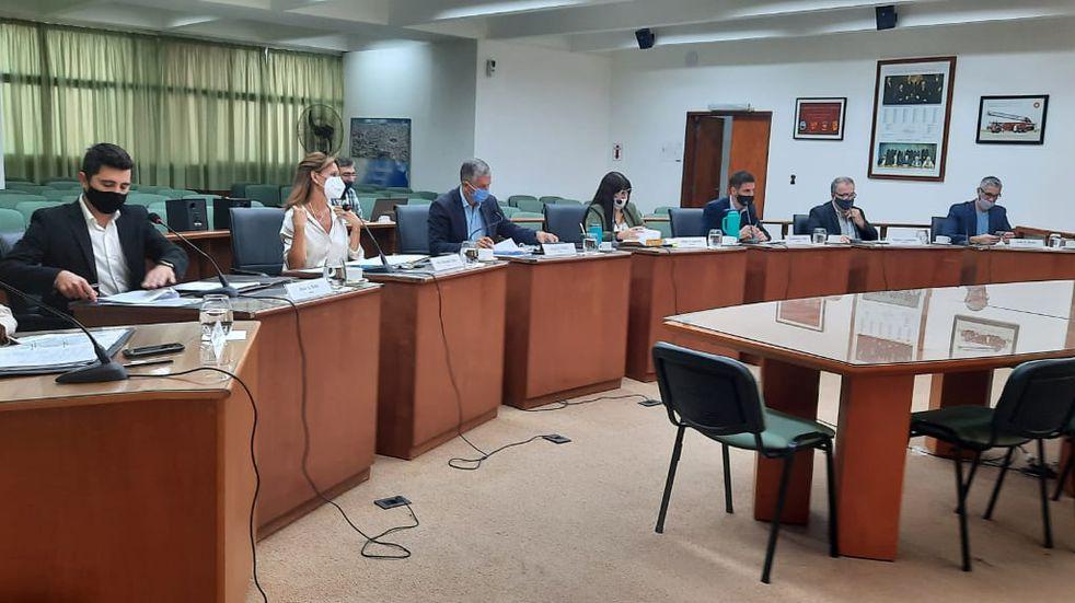 Comercios afectados por la pandemia no pagarán tributos municipales