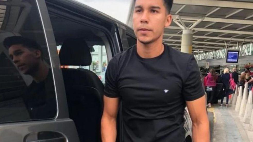 Pol Fernández llegó a la Argentina para incorporarse a Boca Juniors