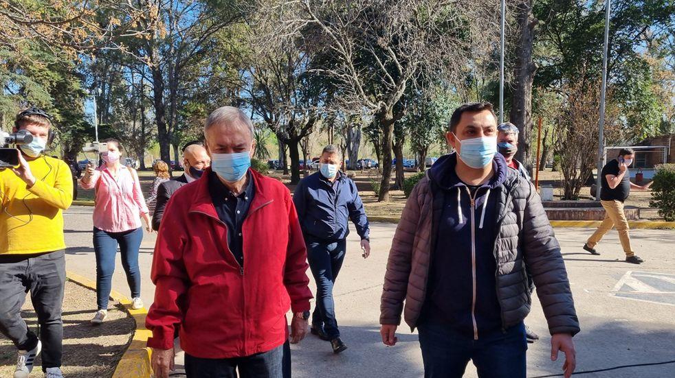 "PASO 2021 en Córdoba: votó Schiaretti y pidió ir ""masivamente"" a sufragar"