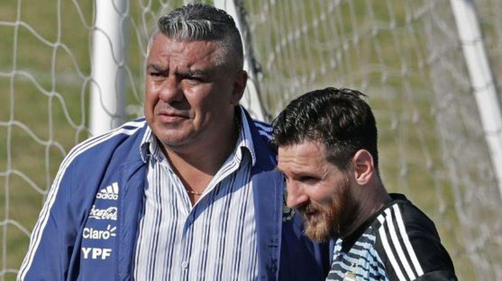 Claudio 'Chiqui' Tapia se reunió con Messi y Scaloni en Madrid