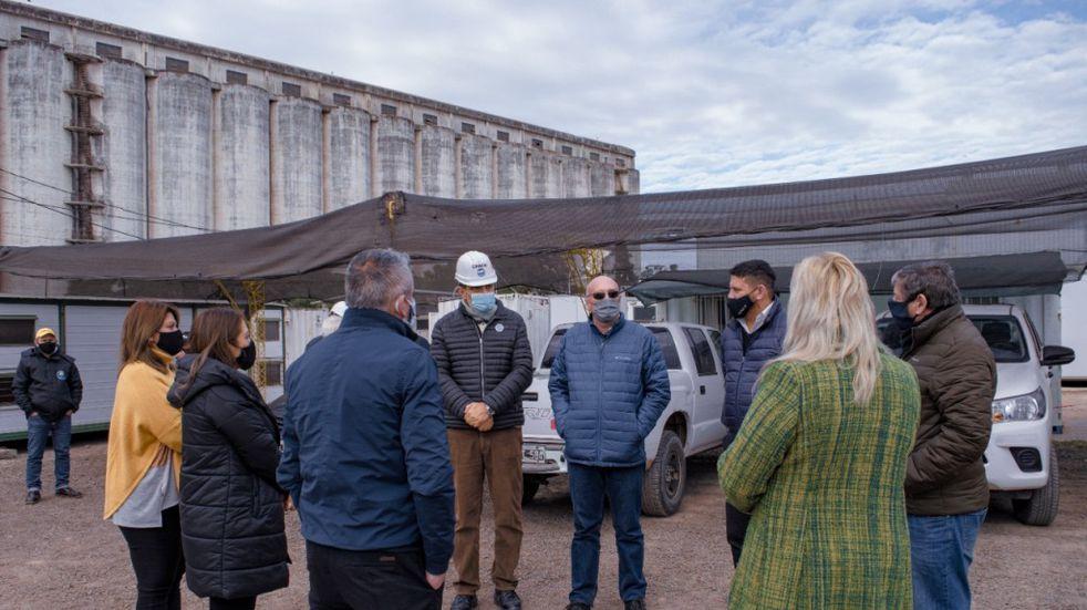 Funcionarios provinciales junto a intendentes visitaron la megaobra del segundo acueducto