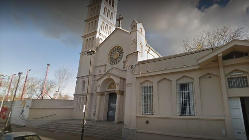 Violento robo en una iglesia de La Plata: se llevaron 10 mil dólares y el cáliz de oro