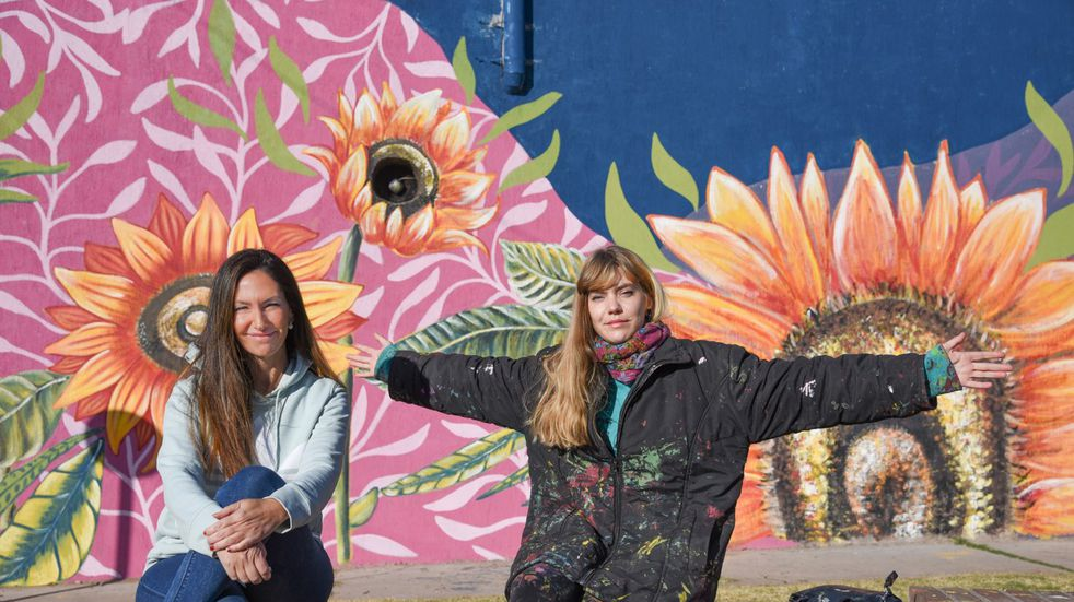Dos artistas Guaymallinas dieron vida a unos murales con su arte.